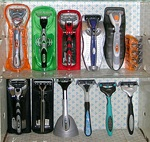 Razors with disposable heads