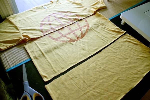 t-shirt scarf cutting