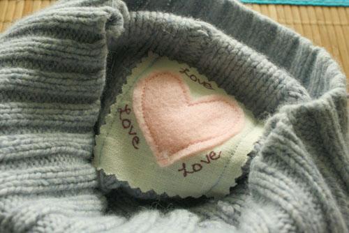 valentines-heart-neckwarmer