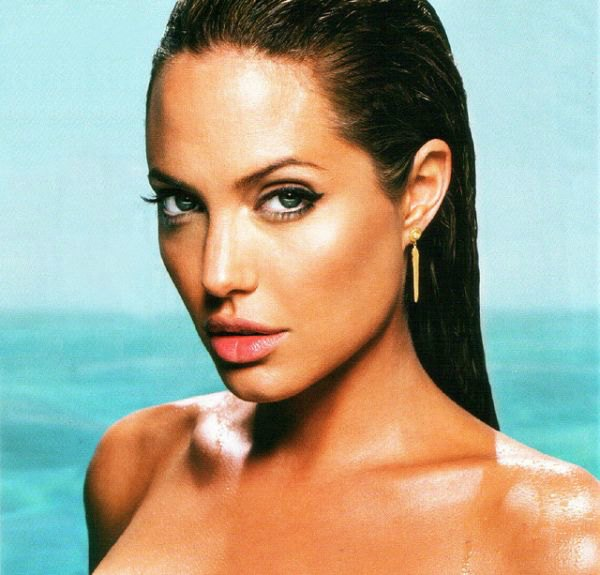 Angelina Jolie by rocor's photostream at Flickr.com, Creative Commons