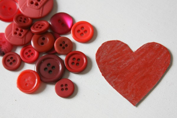 DIY Fashion: Create a Button Heart Hair Pin for Valentine's Day